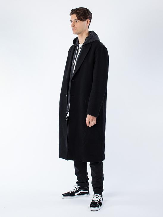 Area Coat Black